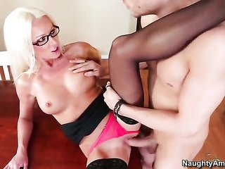 Xander Corvus buries his thumping sausage in tasty Diana Dolls cooter