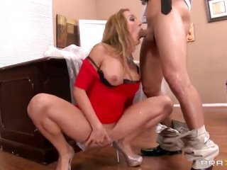 horny Amy Brooke along Mr. Pete are having the incomparable fuck in the middle of at work