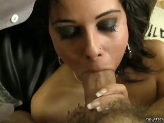 Sinfully slinky hoochie sucks like a person in charge in slinky fellatio scene with Rocco Siffredi in a while rectal hole banging
