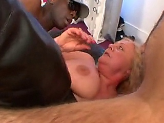 KATE - FRENCH hooker GRANNY adult