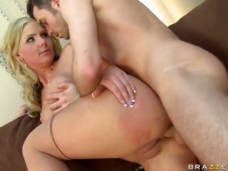 James Deen picks up turned on by Phoenix Marie and event pounds her back swing