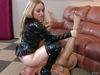 protracted haired ight golden-haired milf Aiden Starr in ebon mistress outfit made of latex is a odd domme with exquisite exposed ass. that chick puts