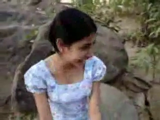 Sri Lankan young woman Give satisfaction