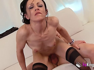 Fakings-Spanish Divorced Milf Neus banging With Ex-friend of Her push around Son