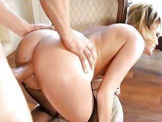 lush natural blonde Riley Ray