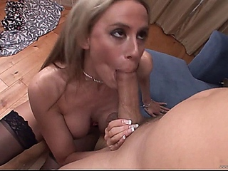 drug taker-to-milfs-1 w Kylie good